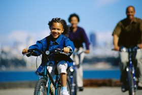 african_american_family_bike_riding